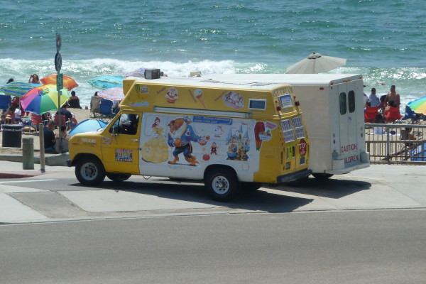Redondo, CA: Redondo Beach cracks down on noisy food trucks