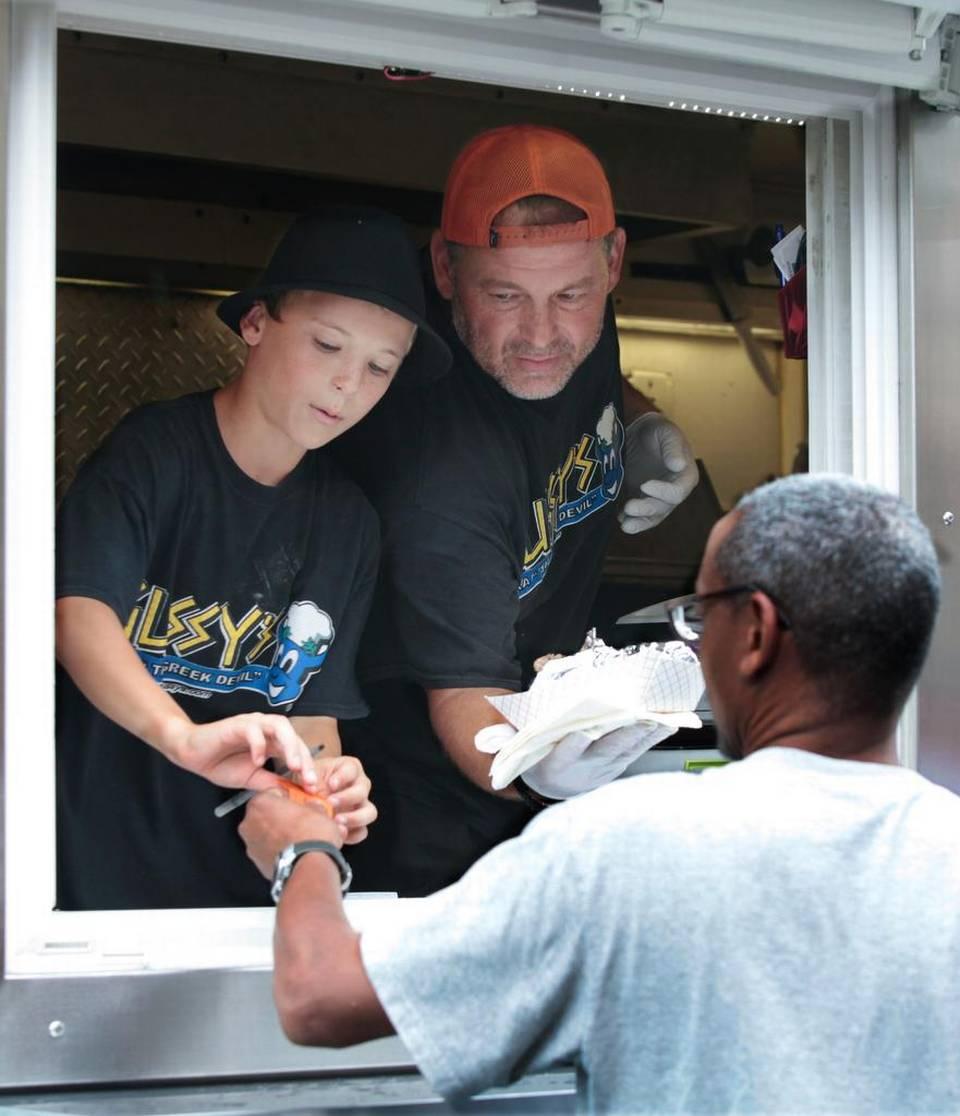 Durham, NC: Gussy's Greek Street Food opening Durham restaurant