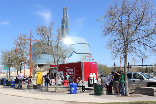 Winnipeg, CAN: Food Truck Feasting at the Forks for the Summer