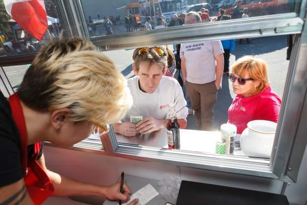Meriden, CT: Food truck festival set for Meriden mall this weekend
