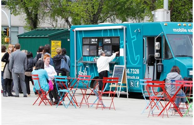 Edmonton, CAN: Wheels of fortune – Food trucks here, and there, to stay