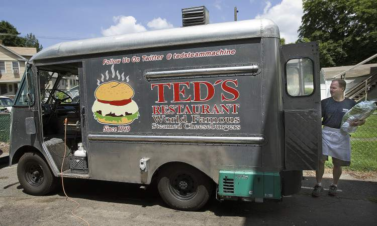 Meriden, CT: Meriden burger delicacy goes mobile with Ted's 'Steam Machine'