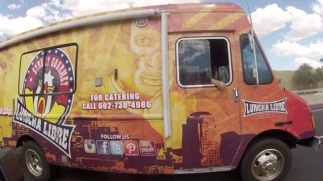 hoenix, AR: Food trucks kicked off AZ State Capitol lawn