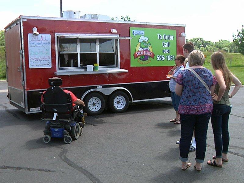 Sioux Falls, SD: Food Trucks Help Foster Families