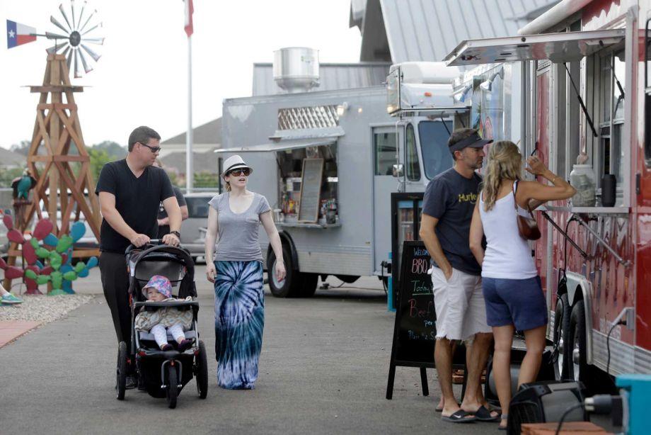 Houston, TX: Food truck park adds to suburban cuisine landscape