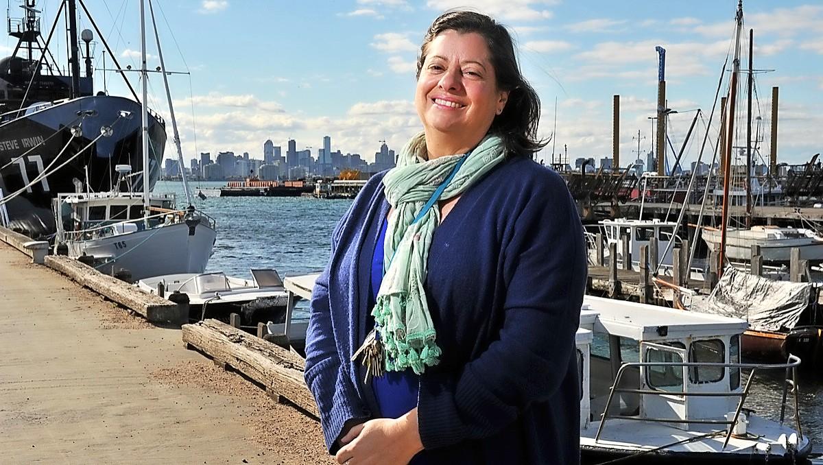 Williamstown, AUS: Food trucks on trial at Seaworks precinct