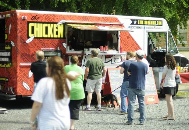 Auburn, NY: Food trucks and live music draw large crowd for Cayuga Museum fundraiser