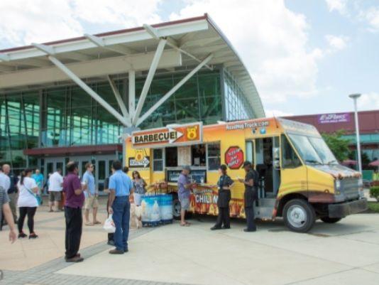 Dover, DE: New BBQ food truck at I-95 rest stop