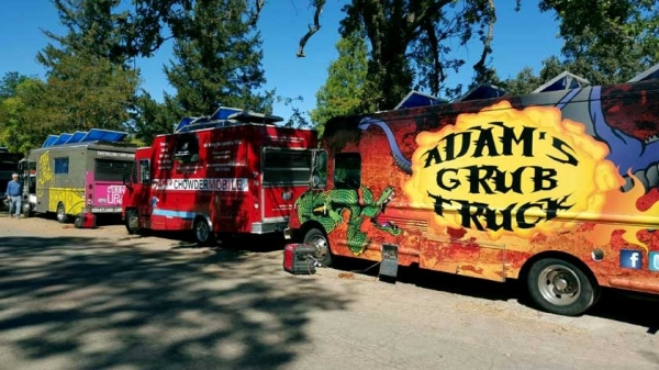 Palo Alto, CA: Food truck 'strike team' feeds fire victims