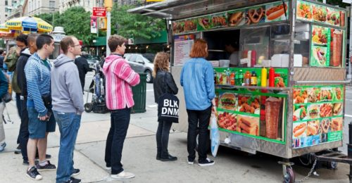 Two Chicago aldermen are seeking to further restrict where carts can sell food in the city. (Photo: iStock Photos)