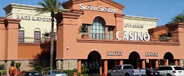 Las Vegas, NV: Silver Sevens Casino holds the ultimate Food Truck Battle