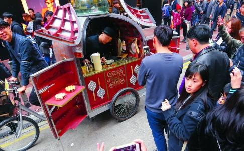 Hong Kong: Food truck fair – Snack carts want in on Hong Kong food truck scheme