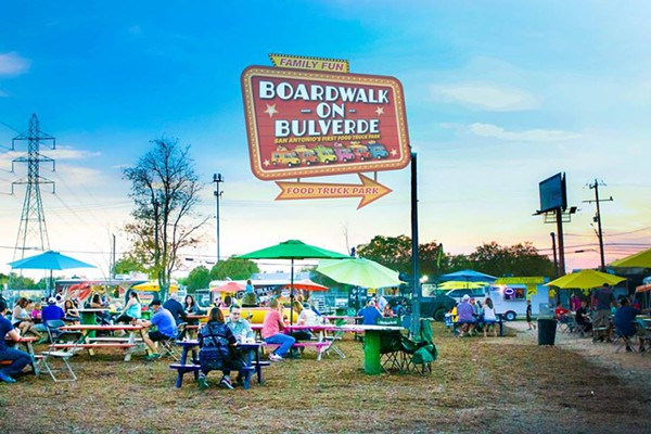 San Antonio, TX: The Boardwalk On Bulverde Is Hosting Final Food Truck Throwdown