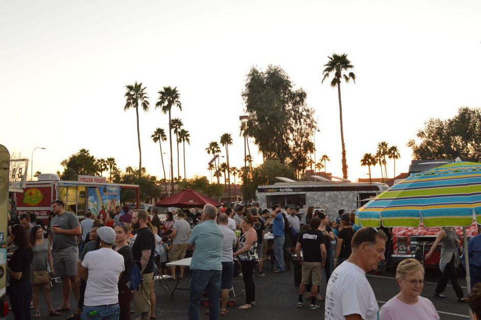 Tempe, AZ: Tempe food drive features food trucks