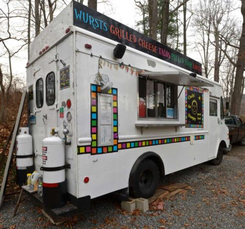 "Photo: H John Voorhees III / Hearst Connecticut Media ------- Mark McManus's food truck ""Only  the Hungry"" in  Ridgefield, Conn. Friday, December 11, 2015."