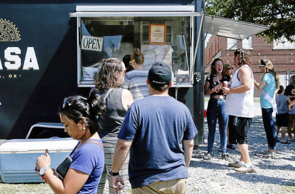 Tulsa, OK: Tulsa's first food truck park reopens today