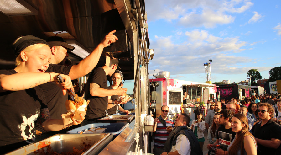 Montreal, CAN: Food Fights – Restaurants, Regulations and Food Trucks in Montreal
