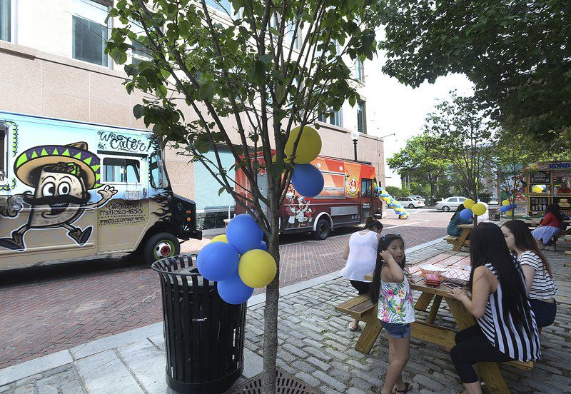 Lawrence, MA: Food trucks serve up tacos and controversy