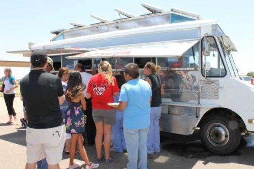 TX-Lubbock-foodtruck-fest2