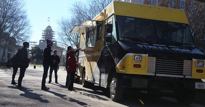 Iowa, IA: City Council Approves Food-Truck Plan Again
