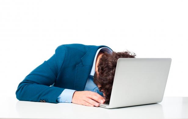 Conheça os perigosos e saiba como evitar a síndrome de burnout