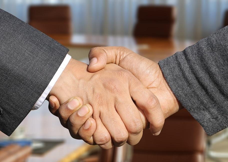 Aprenda como contratar um funcionário PJ ou CLT