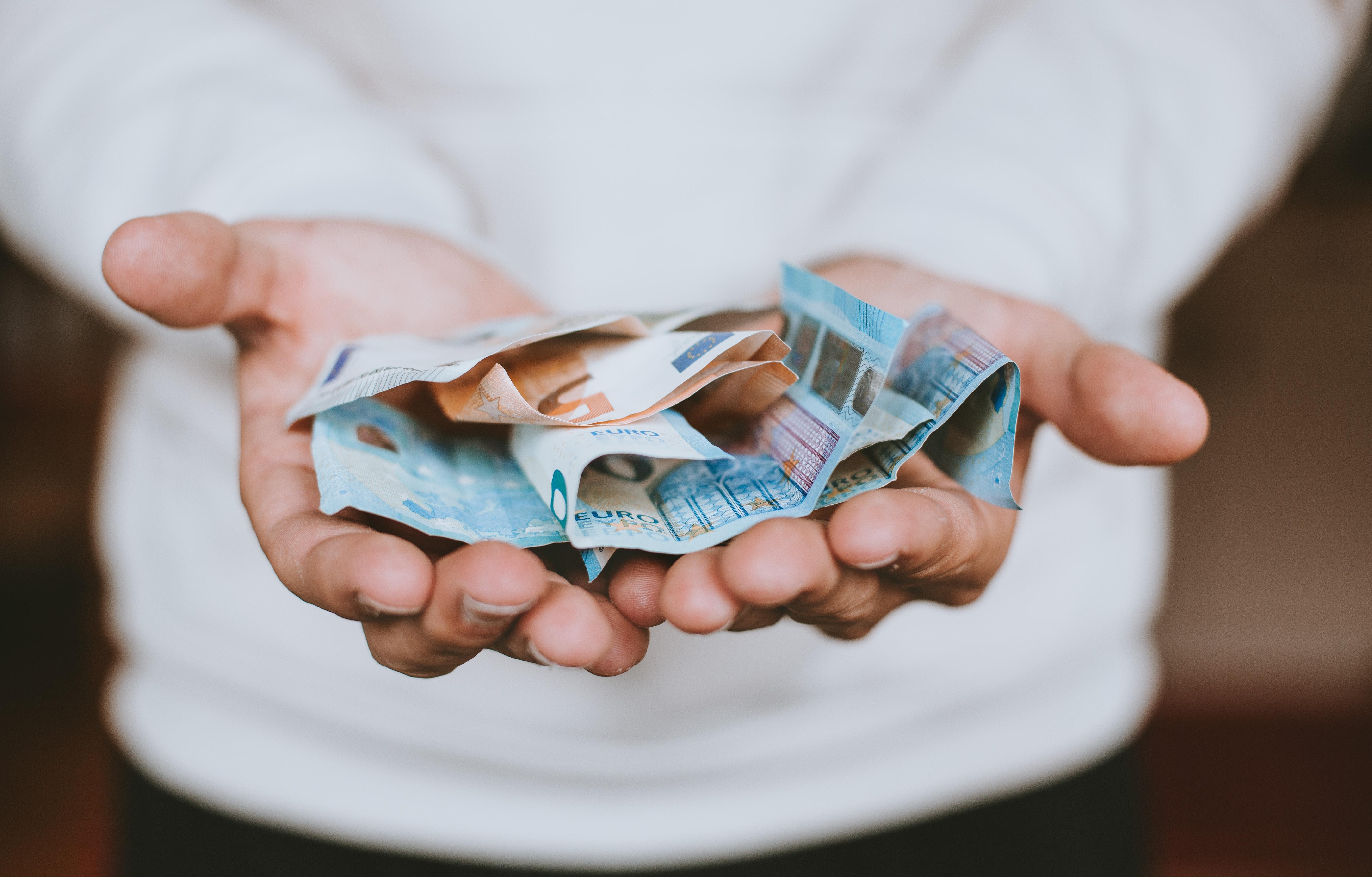 4 Ideias para Ganhar Dinheiro com Pouco Investimento
