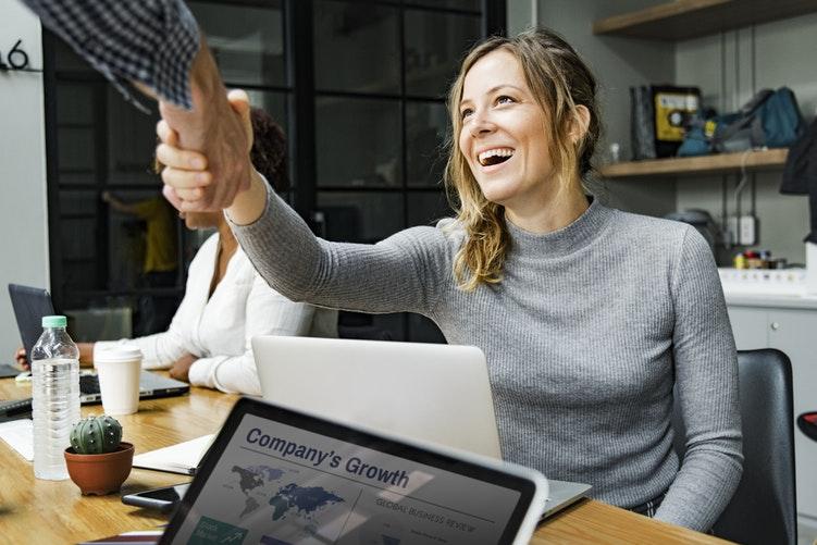 Exemplos de Como Atender Bem o Cliente
