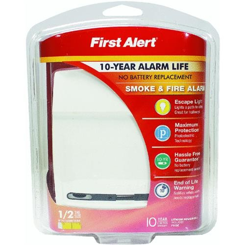 First Alert/Jarden First Alert 10 Year Battery Smoke Alarm With Escape Light