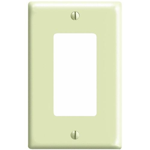 Leviton Mid-Way Decorator Wall Plate