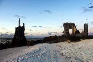 Ruínas do Farol antigo e Farol atual