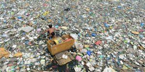 Diferentes tamanhos de microplásticos