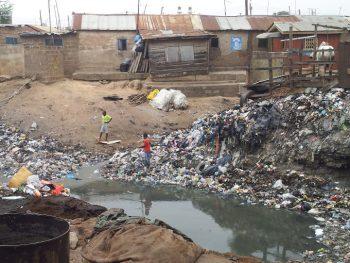 Falta de saneamento