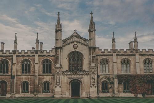 Choosing the Right U - International House of Prayer