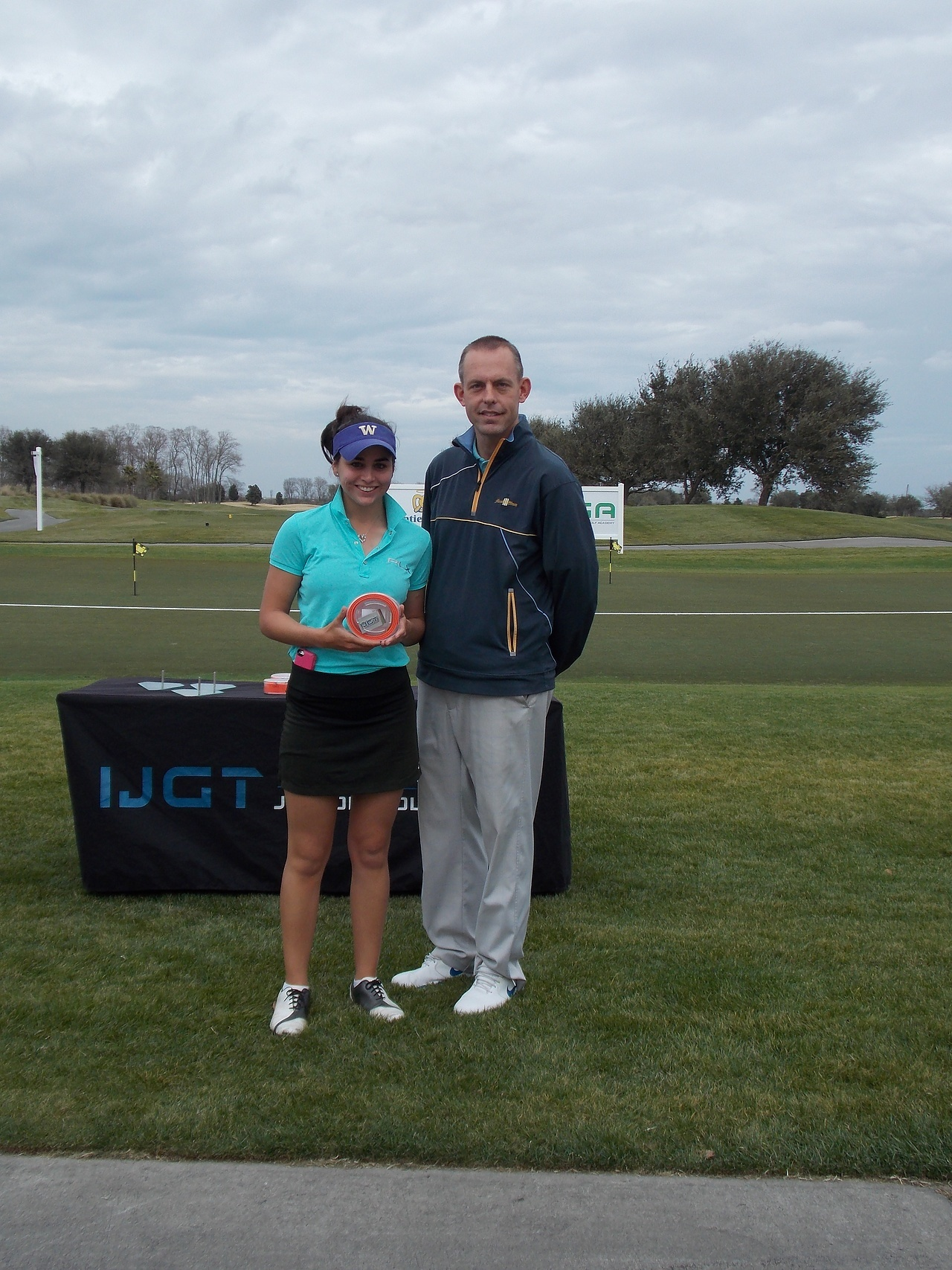 Rodriguez with her Clazic Belts Low Final Round Award at Georgia Junior at Savannah Harbor