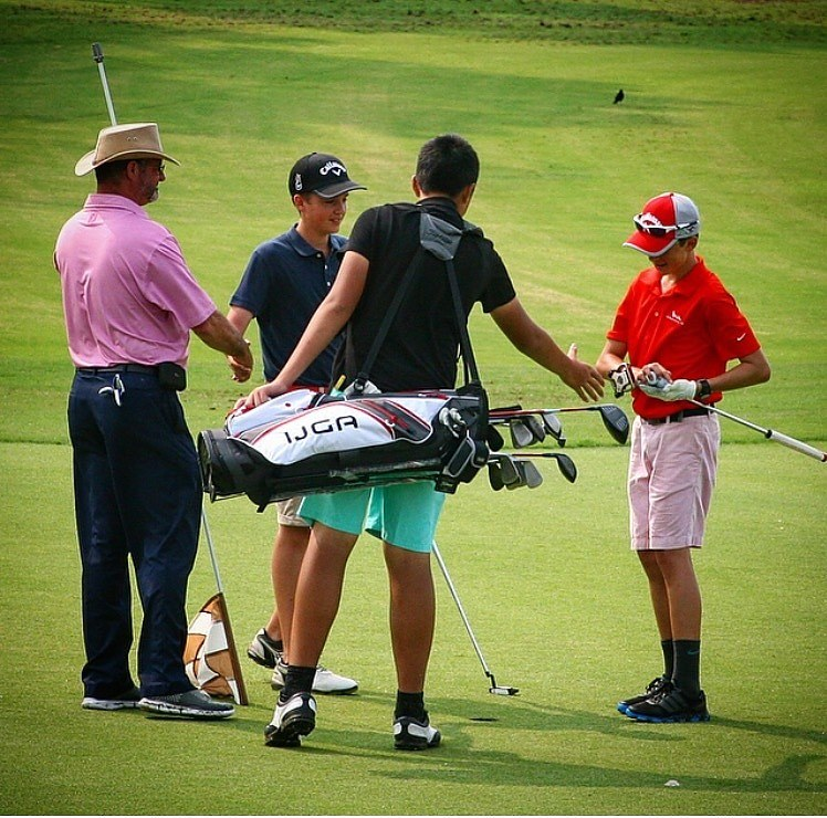Handshakes after a fun round