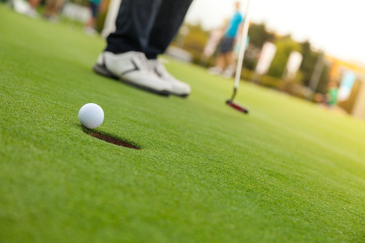 Tips to Avoid Golf Penalties