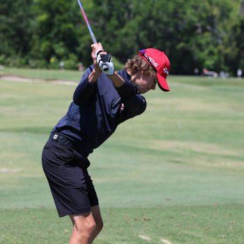 golf academy student