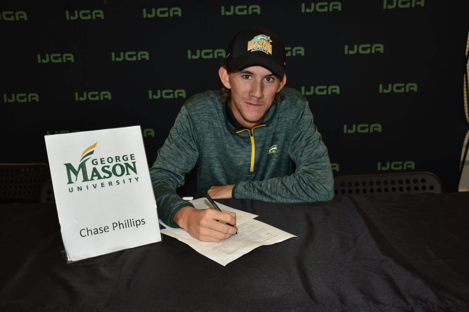 Chase Phillips Commits to George Mason's Men's Golf Team