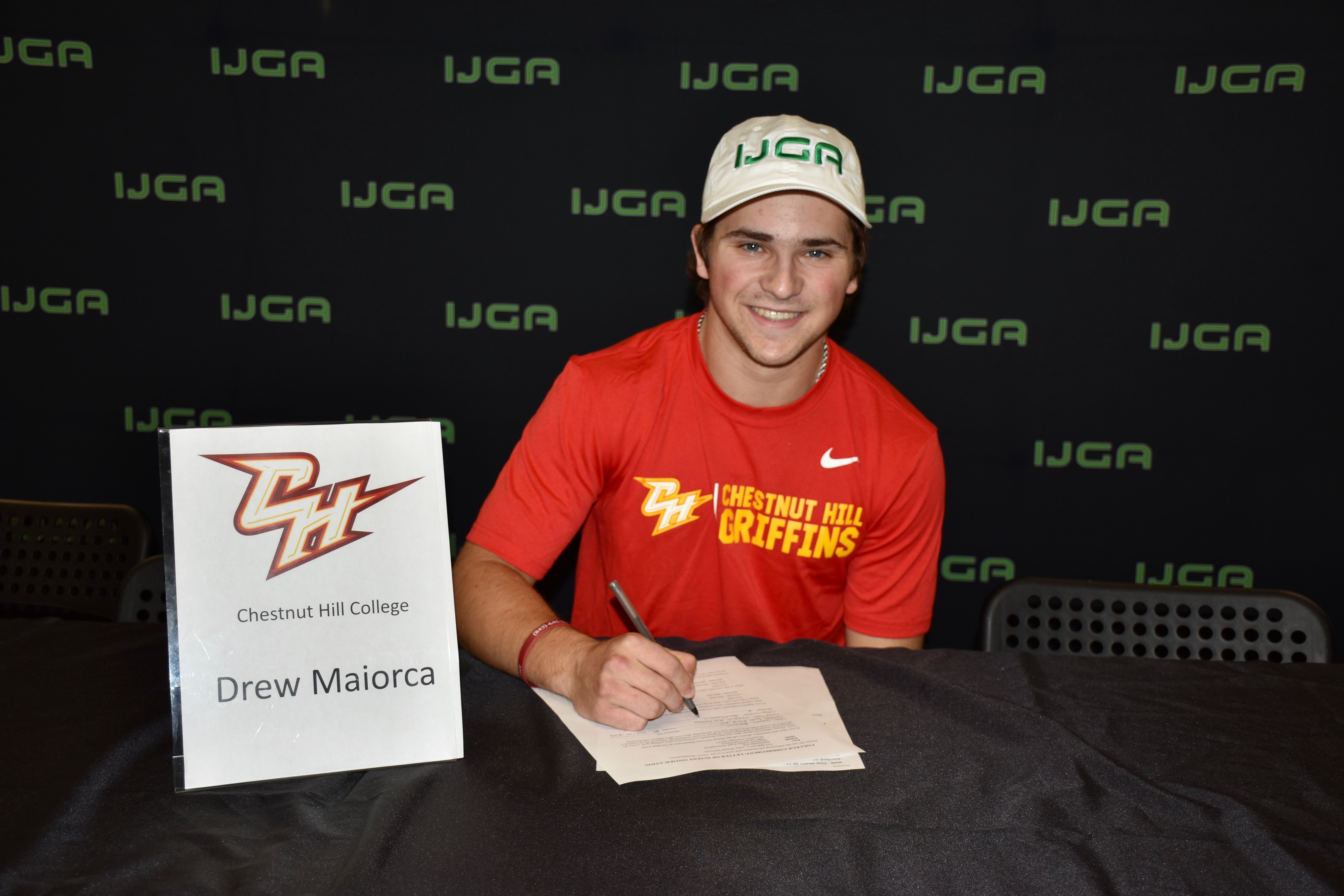 Drew Maiorca Commits to Chestnut Hill College's Men's Golf Team
