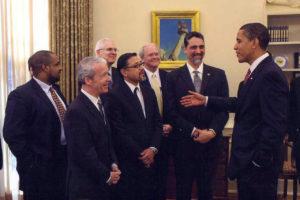 Arturo Chavez meets Barack Obama.