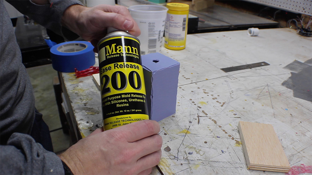 mold_making_16_mold_release_agent_200