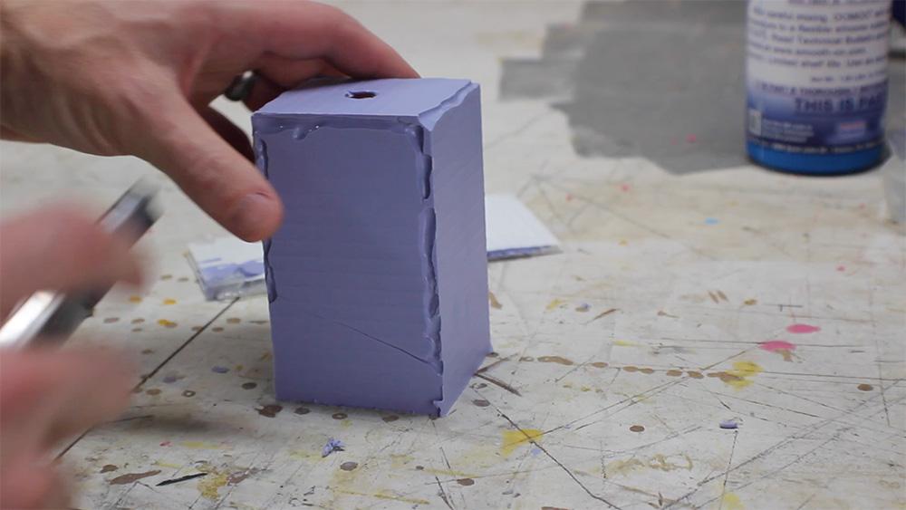 mold_making_12_remove_box
