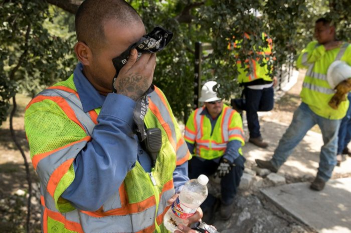Heat Stress Are You Doing Enough to Protect Your Workers - Spanish