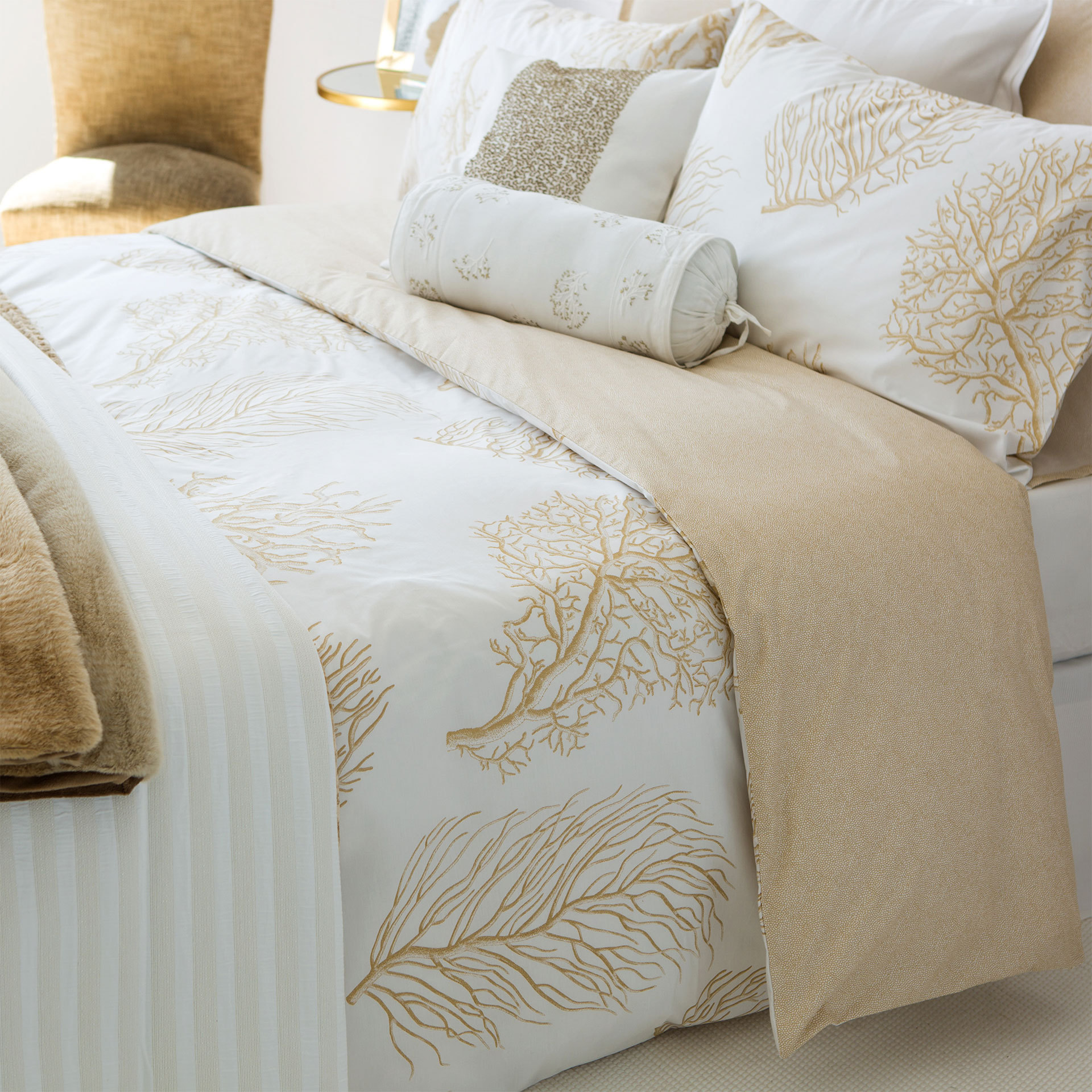 zara home down comforters pillows cover set coral buyma. Black Bedroom Furniture Sets. Home Design Ideas