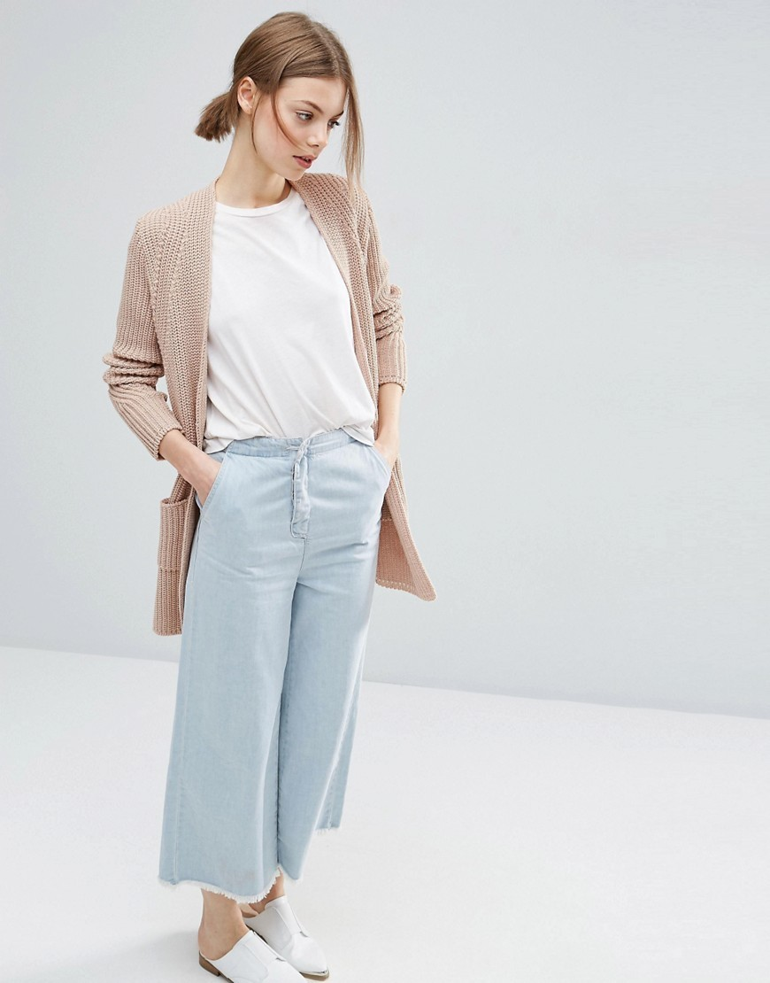 Shop for Womens Beige Cardigans at Stylight: items 97 brands All shades of Beige up to −76% on Sale» Browse now!