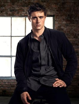 TV Drama Condor Max Irons Black Jacket
