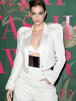 barbara-palvin-attends-the-green-carpet-fashion-awards-2019-in-milan-italy-220919_3