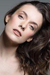 Pictures & Photos of Ashlynn Yennie - IMDb
