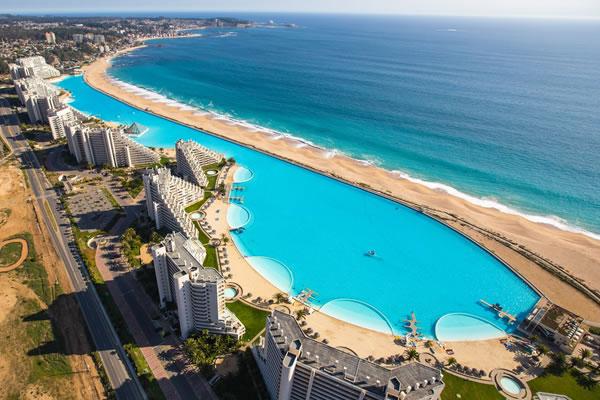 Las 5 piscinas m s extra as del mundo for Piscinas del mundo